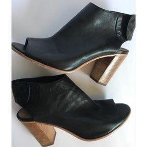 Steve Madden Vero Cuoio peep toe leather bootie
